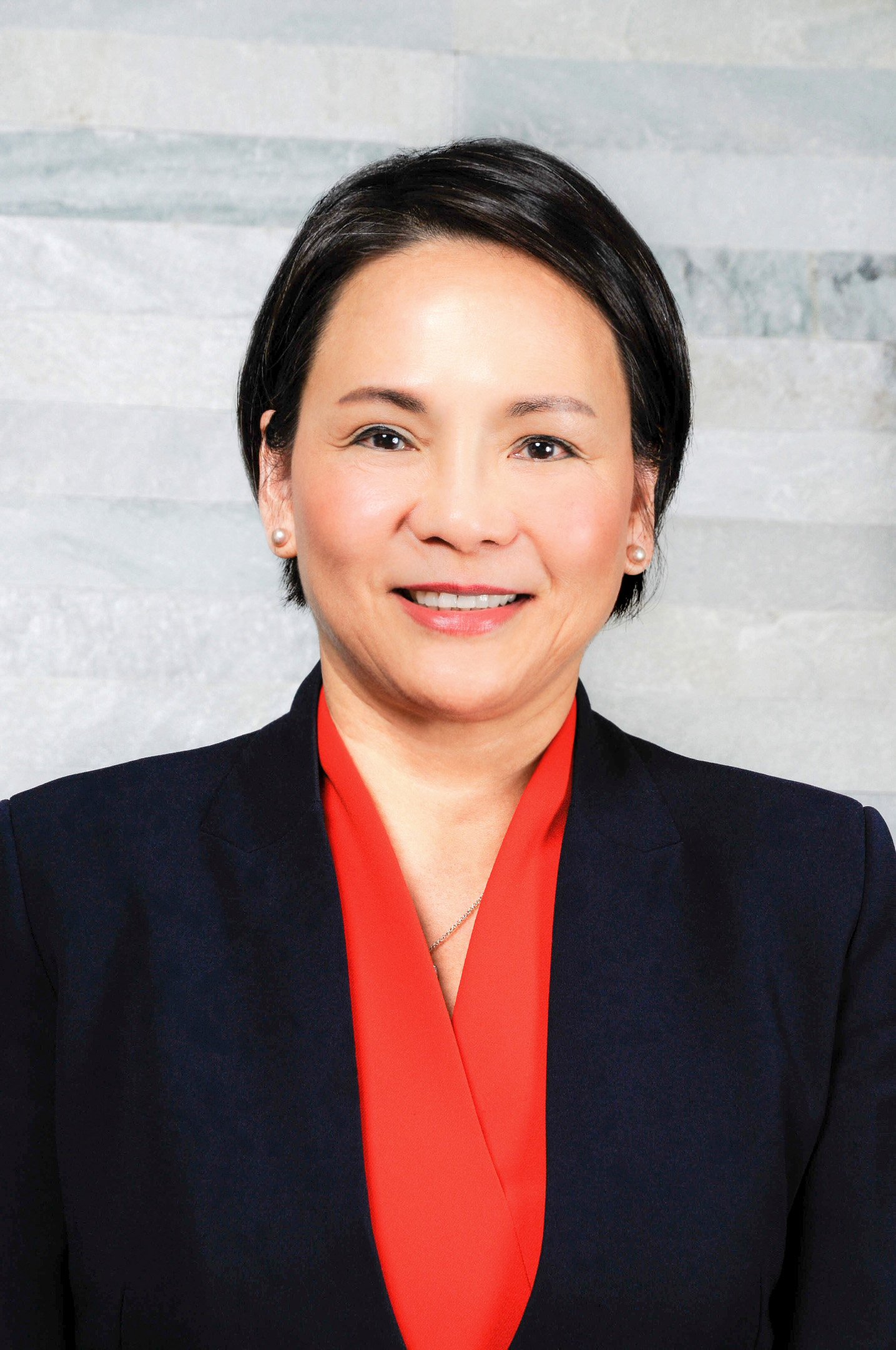 Chief Operating Officer - Peggy Sheng